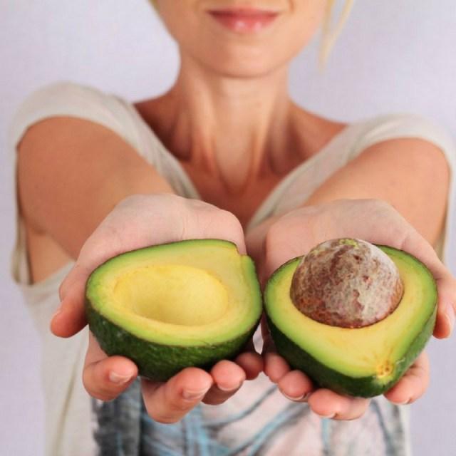 cliomakeup-avocado-pelle-capelli-2-avocado