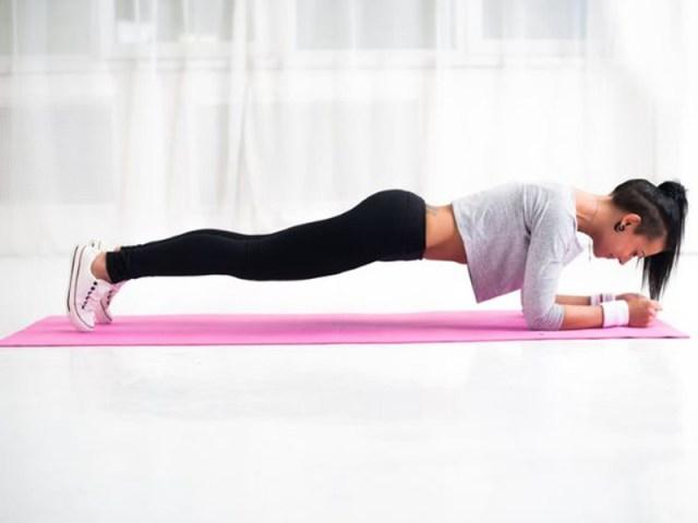 cliomakeup-esercizi-schiena-dritta-plank