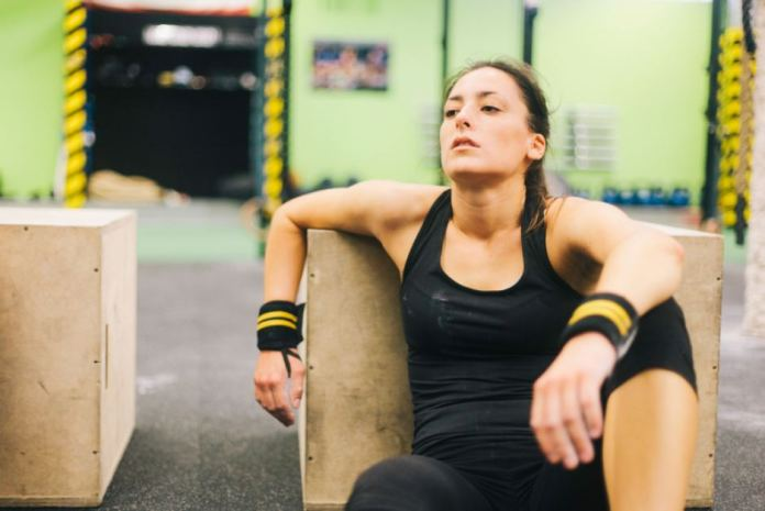 cliomakeup-come-allenarsi-con-il-caldo-9-pausa-fitness