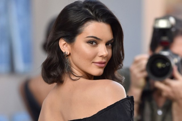 ClioMakeUp-rossetto-cambia-viso-10-kendall-jenner.jpg