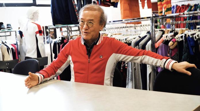 ClioMakeUp-fila-outfit-sneaker-ritorno-sportivo-abbigliamento-17