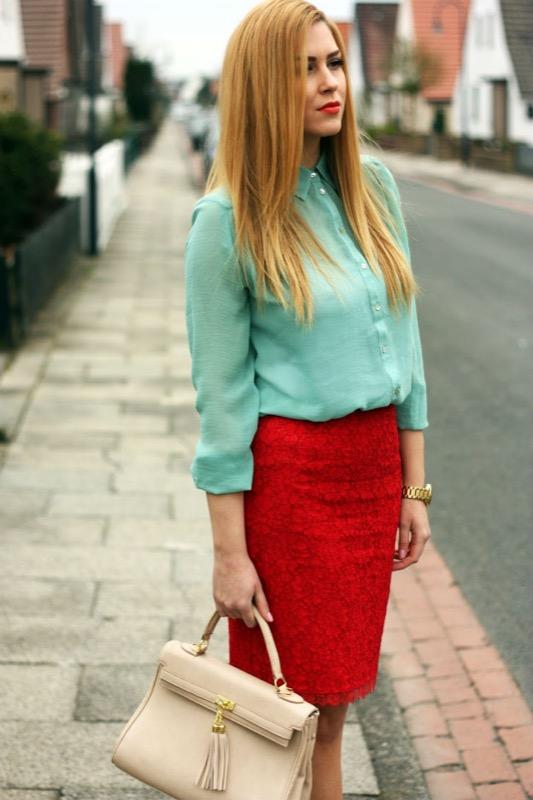 cliomakeup-verde-menta-outfit-11-contrasti-rosso