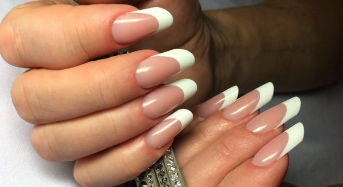cliomakeup-french-manicure