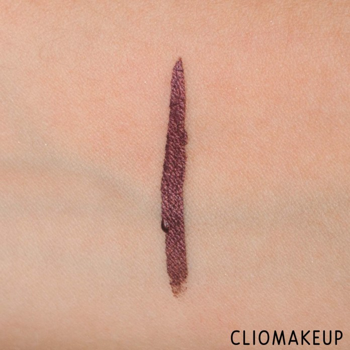 cliomakeup-recensione-eyeliner-essence-melted-chrome-eyeliner-8