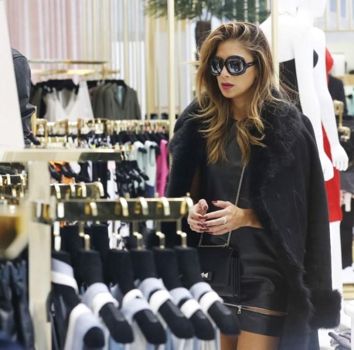 ClioMakeUp-shopping-intelligente-9-celebs-negozio.jpg