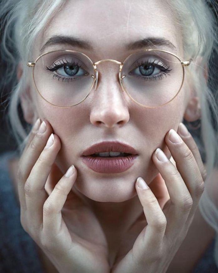 cliomakeup-trucco-occhiali-6-makeup-no-makeup