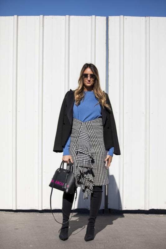 cliomakeup-frange-trend-2019-outfit-2-balenciaga