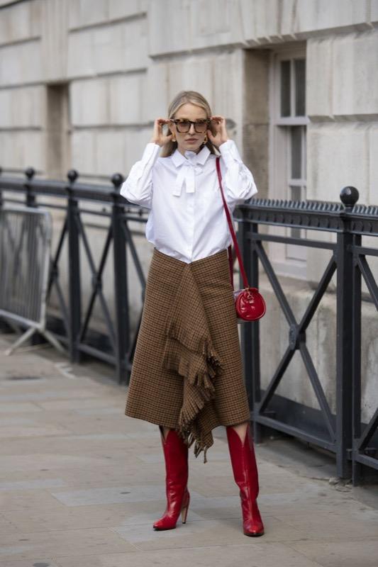 cliomakeup-frange-trend-2019-outfit-3-balenciaga