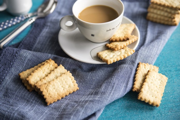 cliomakeup-snack-100-kcal-biscotti-secchi-8.jpg