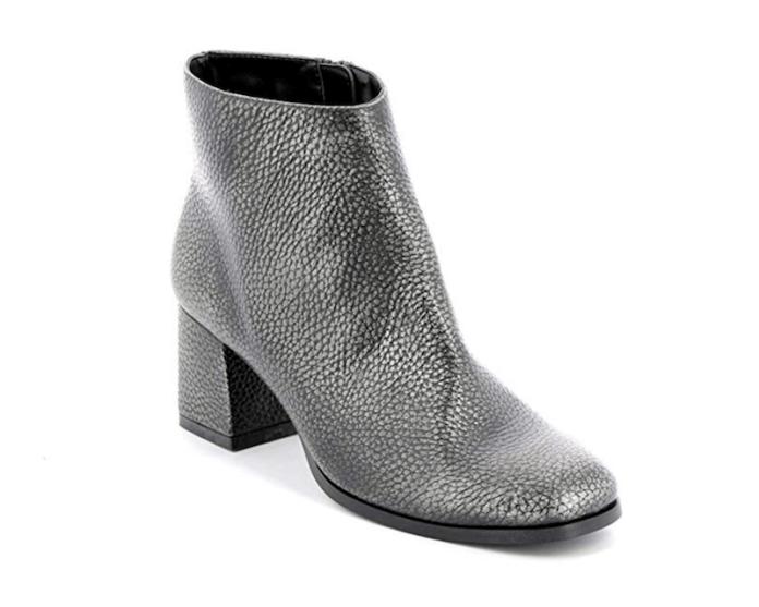 cliomakeup-saldi-scarpe-tendenze-2019-16-punta-quadrata