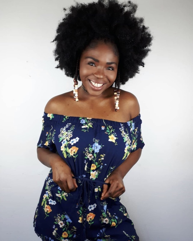 ClioMakeUp-tendenze-capelli-ricci-2019-19-afro-cynthia-cycy.jpg