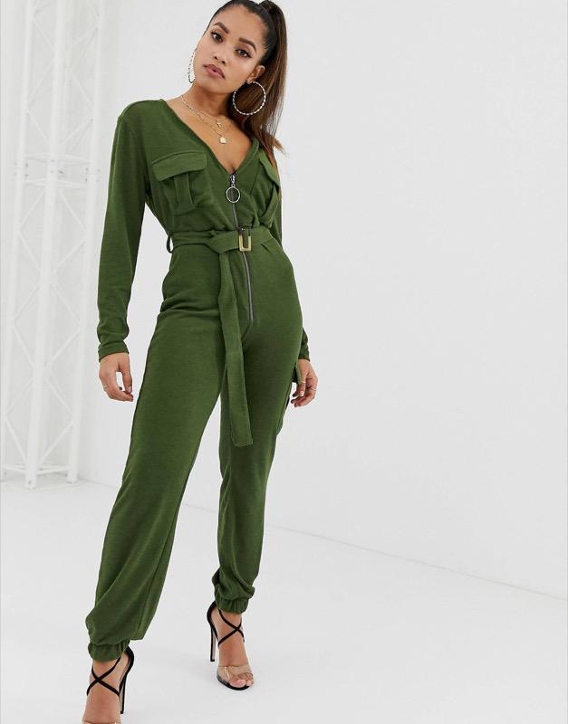 ClioMakeUp-look-kylie-jenner-2018-15-tuta-jumpsuit-verde-militare-asos.jpg
