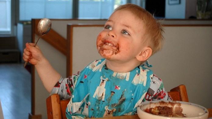 cliomakeup-diabete-infantile-5-bimbo-mangia