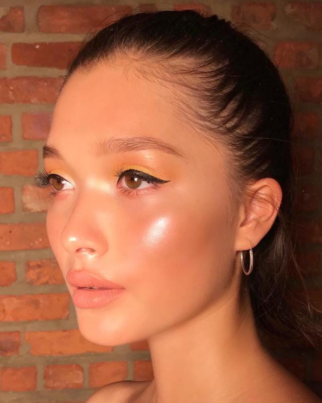 cliomakeup-come-fare-un-cat-eye-11-eyeliner-piccola