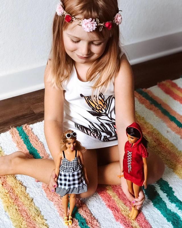 cliomakeup-leggende-metropolitane-bambini-7-barbie