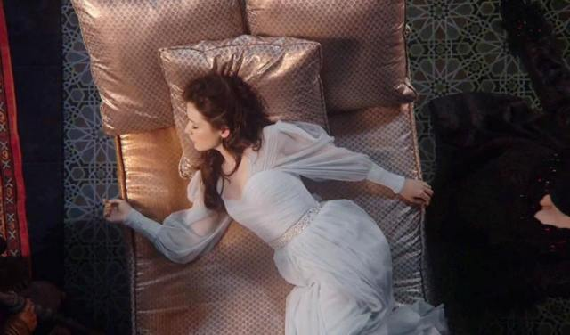 cliomakeup-interpretazione-sogni-beauty-18-once-upon-a-time