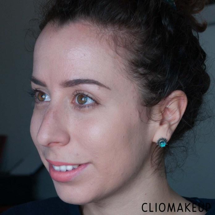 cliomakeup-recensione-illuminante-nyx-a-bit-jelly-gel-illuminator-9