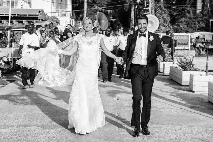 cliomakeup-nozze-vip-2019-1-emily-vancamp-josh-bowman