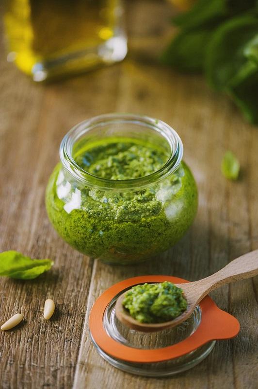 cliomakeup-cucinare-erbe-spezie-6-pesto