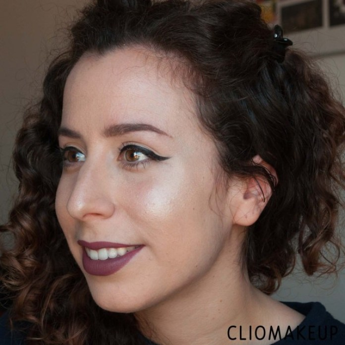 cliomakeup-illuminanti-2019-15-recensione-illuminante-stick-ysl-touche-eclat-shimmer-stick