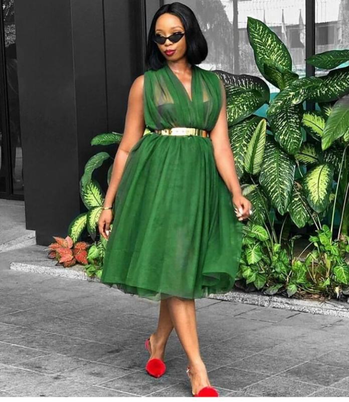 ClioMakeUp-vestiti-verdi-15-vestito-midi-rosso.jpg