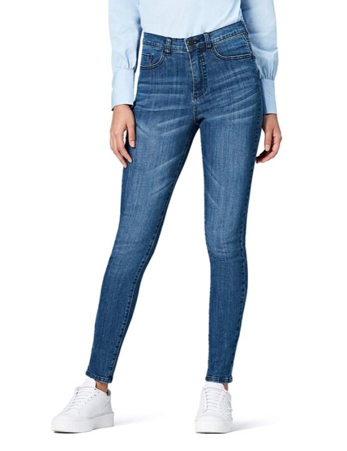 ClioMakeUp-copiare-look-lodovica-comello-4-jeans-vita-alta-find-amazon.jpg