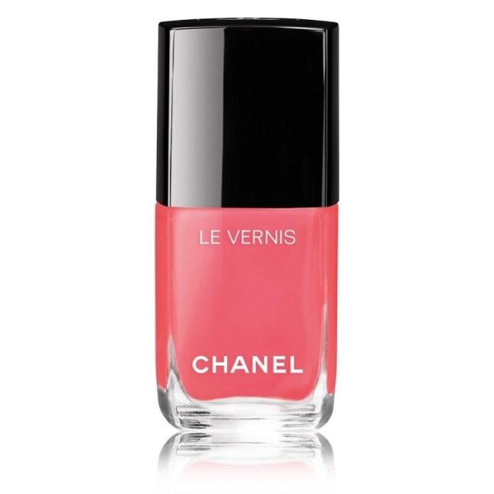 cliomakeup-dupe-smalti-costosi-2019-2-chanel-562-Coralium
