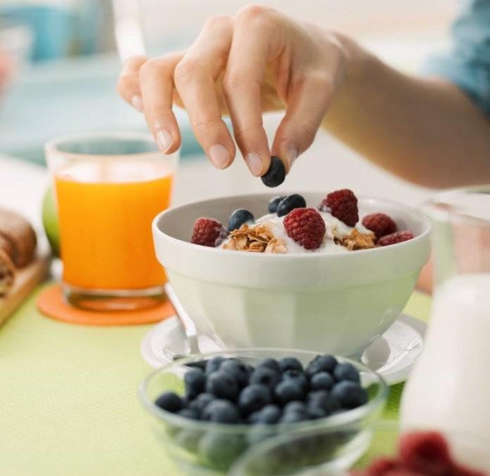 cliomakeup-alimenti-amici-buon-umore-6-colazione