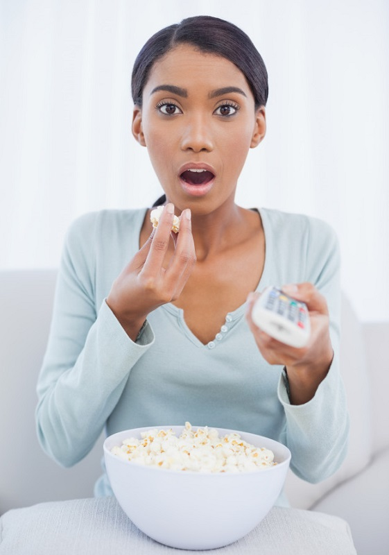cliomakeup-emotional-eating-8-popcorn