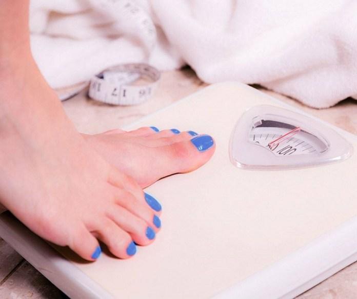 cliomakeup-esercizi-mal-di-schiena-10-peso-in-eccesso