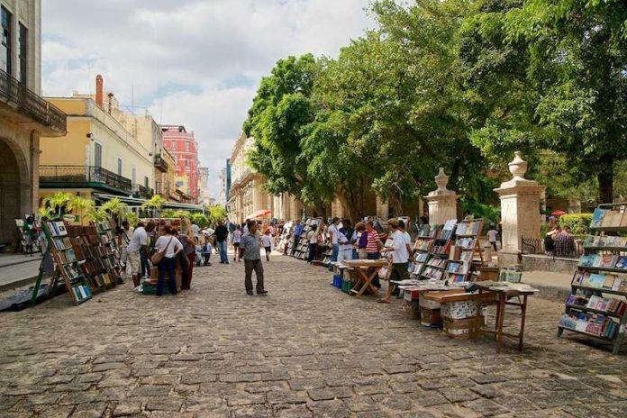 cliomakeup-viaggio-a-cuba-3-plaza-armas