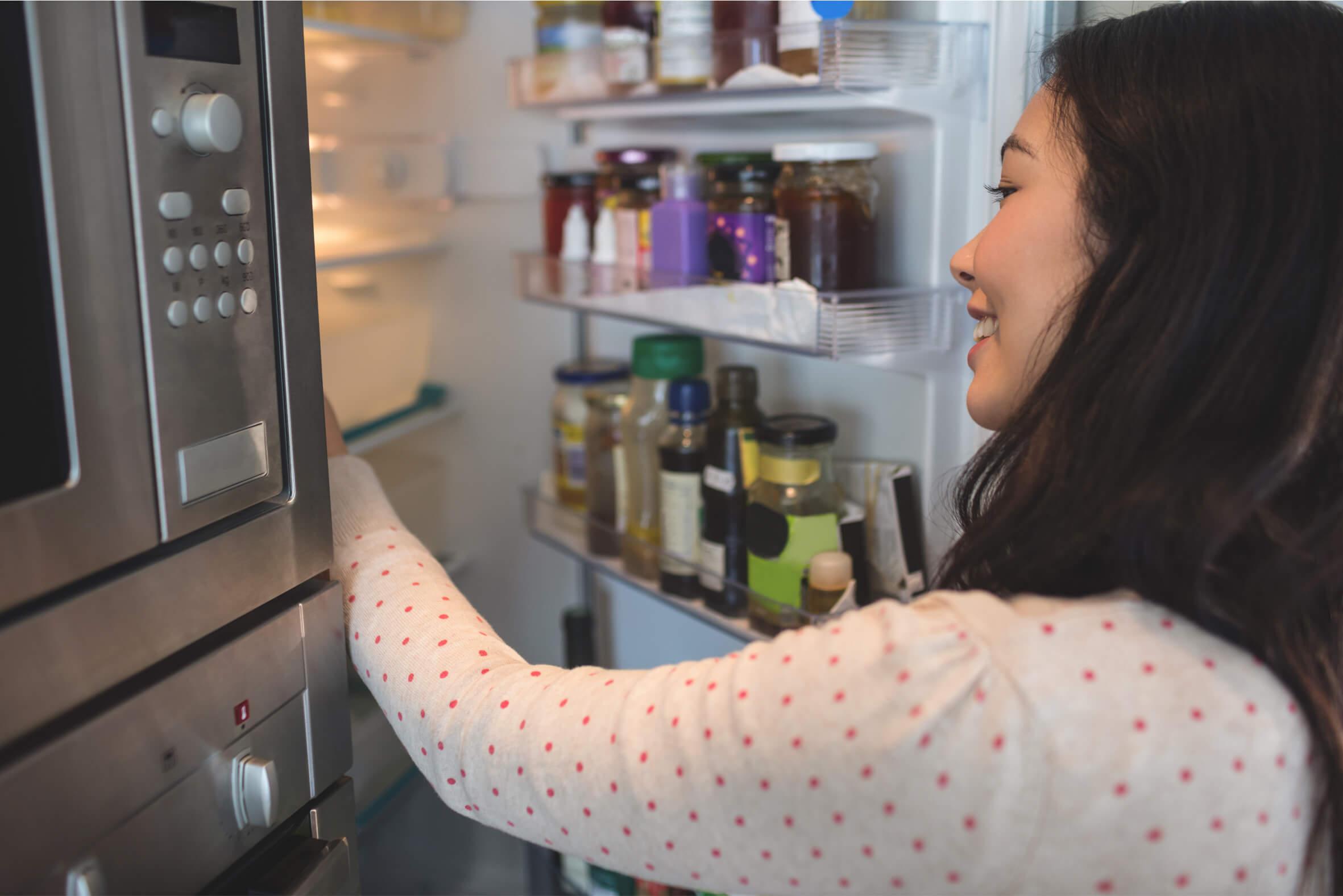 Hábitos que nos hacen malgastar dinero en la cocina