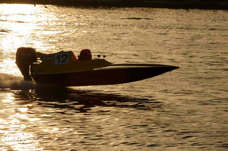 speed boats oulton broad-3576-copyright-Robert Foyers
