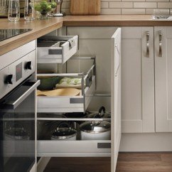 Laminate Kitchen Flooring Ikea Stainless Steel Shelves For Burford Cashmere | Shaker Kitchens Howdens Joinery