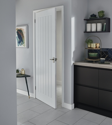 PreFinished Dordogne Smooth Door  Howdens Joinery