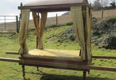 Roman Sedan Chair