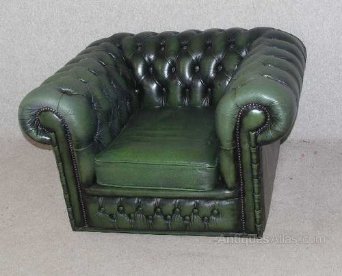 buttoned leather chair grey rolling dining chairs antiques atlas - green chesterfield tub