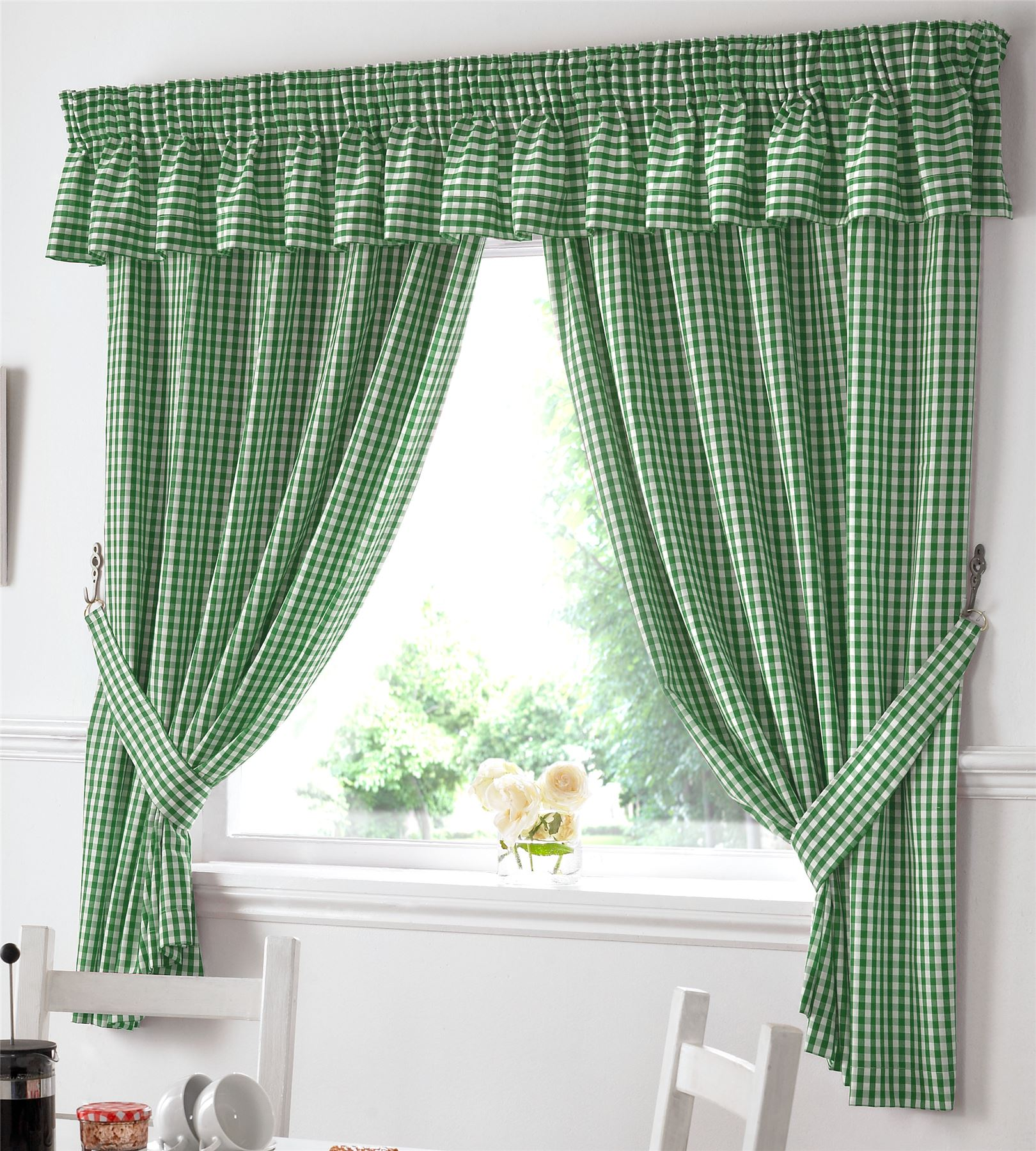 Gingham Kitchen Window Curtains Or Matching Pelmet