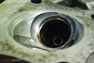 Kawasaki Z400 motorcycle engine rebuild