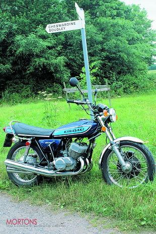 Kawasaki 500 triple cylinder two stroke super motorcycle