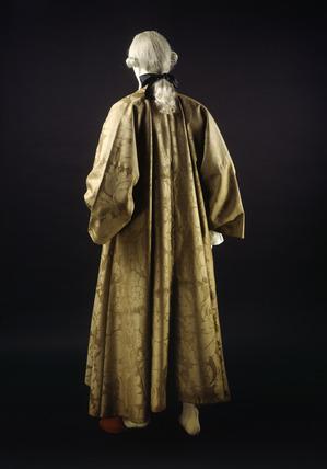 Banyan of brown woollen damask back view 18th century at