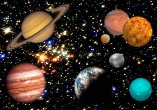 الكواكب في الفضاء Ourboox