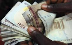 Image result for Naira hits 500/dollar, faces further decline