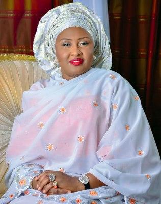 Nigerians back Aisha Buhari, as she slams President
