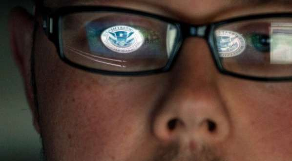 Wikileaks publie 1 millions de mails de Hacking Team