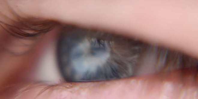 La première thérapie optogénétique pour traiter la cécité d'une Texane