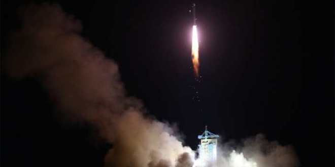 La Chine lance le premier satellite de communication quantique