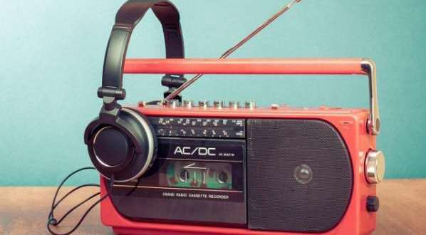 Les radios devront bientôt payer des Royalties