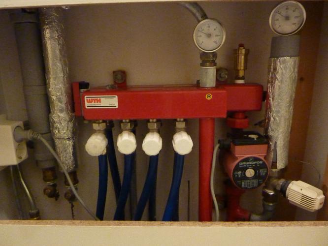 Vervangen pomp vloerverwarming en nakijken systeem  Werkspot