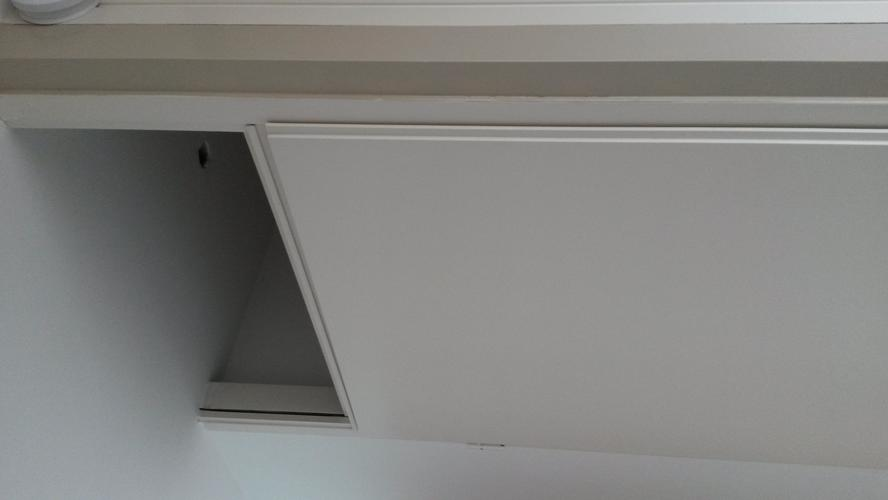 Raam boven binnendeur verwijderen en dichtmaken  Werkspot